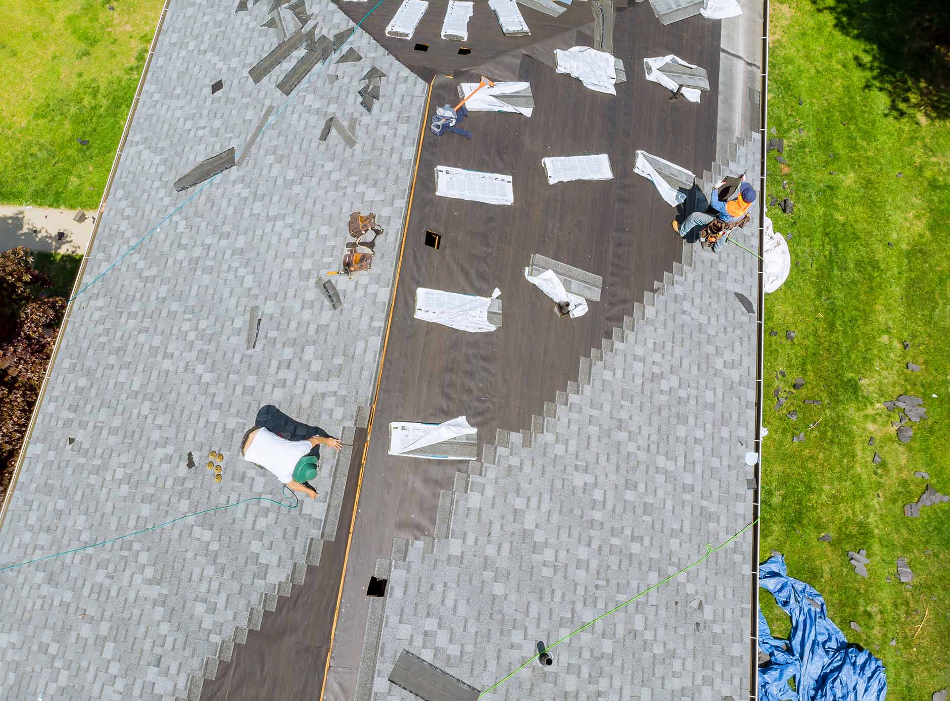 What are the signs of a bad roof?